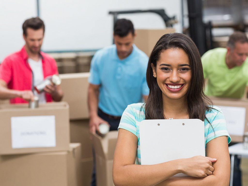 9 beneficios de servir a los demás