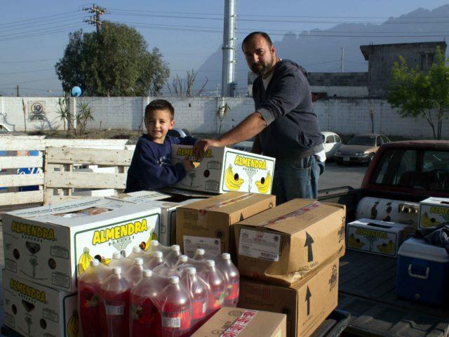 programas-voluntarios-caritas-monterrey