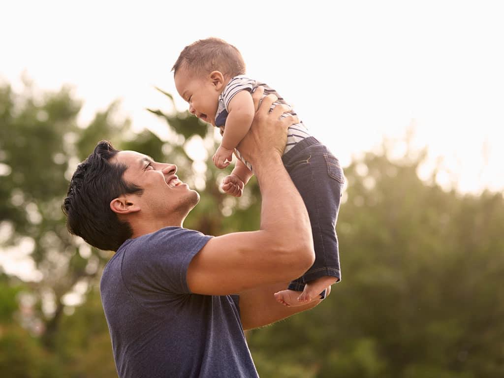 ¿Por qué es importante la figura paterna en la crianza de los hijos?